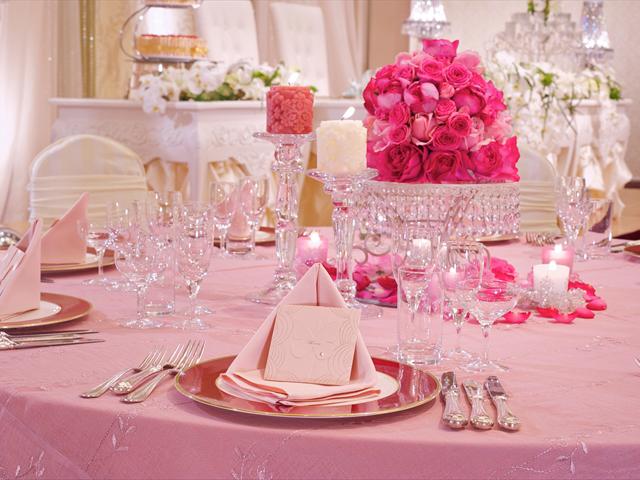 ピンクづくしのお姫様スタイルでロマンチックなパーティーに
